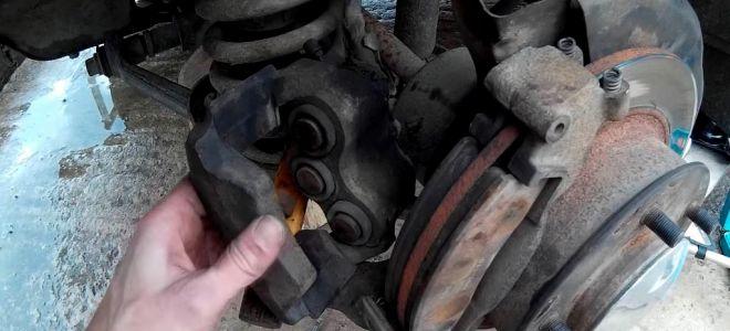 Смена тормозных колодок на ВАЗ Нива 21214
