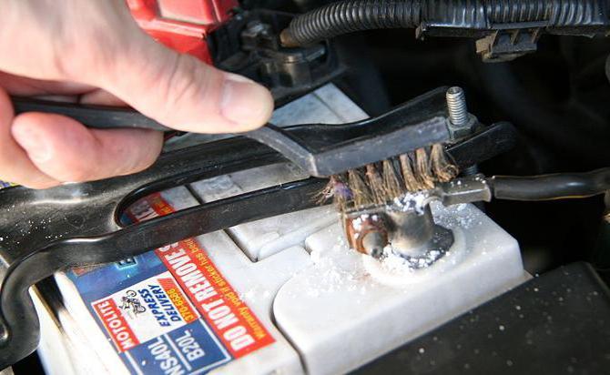 Основные причины, вызывающие утечку тока в автомобиле.